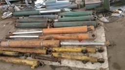Cilindros hidráulicos trator retroescavadeira