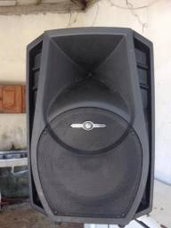 Vendo caixa de som FRAHM 700 reais