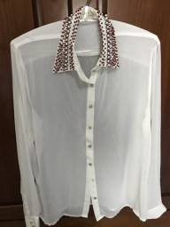 Camisa gola bordada