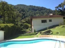 Alugo temporada casa Teresópolis. Animais de estimação são permitidos