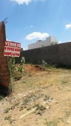 Vende-se Terreno na Rua Luiz Alves de Melo Lima Serra Talhada-PE