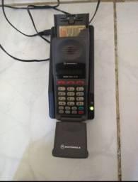 Celular antigo Motorola Microtac tijolão