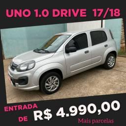 UNO 1.0 DRIVE COMPLETO 17/18! entrada de 4.990,00 Impecavel!!