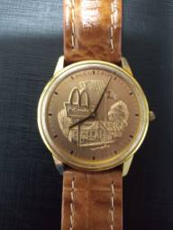 Relógio Bulova original comemorativo 10 anos Mc Donalds