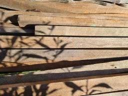 Madeira  usada  caibros e vigotas
