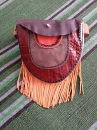 Cartucheira em couro com com cinto de couro - 1 Bolso grande e 2 2 pequenos