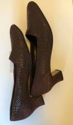 Sapato em chamois