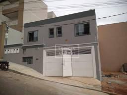Apto à venda por R$ 300.000 - Próximo ao Centro - Pouso Alegre/MG