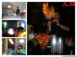 Experimente o melhor Barman com bar móvel e iluminação 250