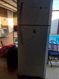 Vendo esta geladeira