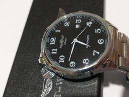 Relógio T-Winner A Prova D'Água (100 Metros)