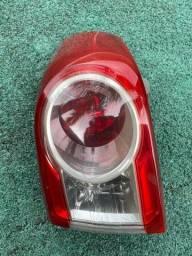 Lanterna traseira direita Corolla 2013