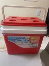 Caixa térmica semi-nova
