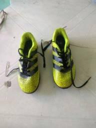 Chuteira futsal Adidas