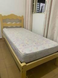 Vende-se cama solteiro (sem colchão)