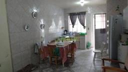 Casa próxima ao Parque Tênis Clube com 2 dormitórios à venda, 102 m² - Três Vendas - Pelot
