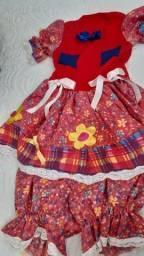 Vestido caipira tamanho 2/3 anos