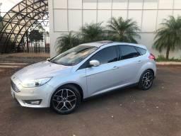 Título do anúncio: Ford Focus Titanium Plus 2018 / Único dono / 60 mil km / Top de linha / Hatch /Ipva pago