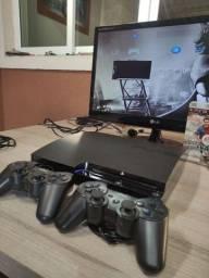 Playstation 3 slim 160Gb 2 jogos 2 controles