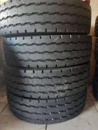 pneus 295/80 R22,5