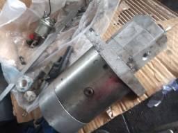 Motor hidráulico com bomba