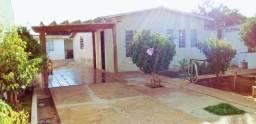 Vendo casa na região  da avenida guaicurus próximo  upa universitário