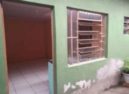 ALUGO CASA 1 Dormitório+Sala e Cozinha conjugada + banheiro