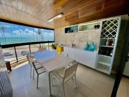 Apartamento a beira-mar de Jatiúca com 3 suítes