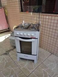 Vendo um fogão quatro boca Esmaltec