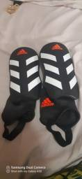 Caneleira da Adidas nova