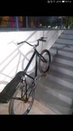 Bicicleta aro 26,troco em outra bike   $300