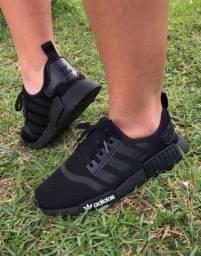 Modelos de calçados da fábrica lançamento