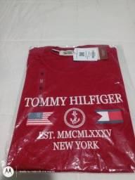 Camiseta Tommy Hilfiger primeira linha