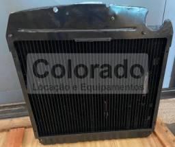 Radiador - RE70236 | John Deere | Trator  5605/5705  -  Preço já com 70% de Desconto.