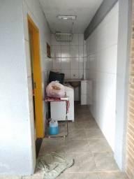 Casa bem localizada em Anchieta.