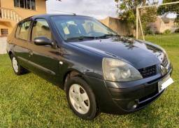 Clio Sedan 2005 1.6 Privilége completo - Excelente estado