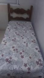 Vendo cama de sucupira  solteiro