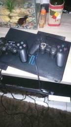Vendo um PlayStation 2 com HD.