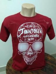 Varias camisetas