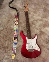 Guitarra Yamaha Pacífica 112 J usada