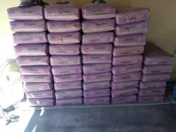 165 sacos de cimento AÇAÍ