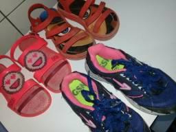 Trio calçados menina 28