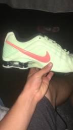 Nike Júnior