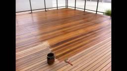 Deck em madeira maciça
