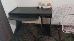 Vendo mesa para computador nova