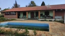 Chácara para Venda, -, 3 dormitórios, 1 suíte, 2 banheiros, 2 vagas