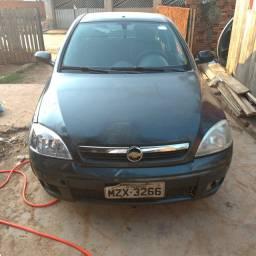 Carro Corsa sedan 2008/2009