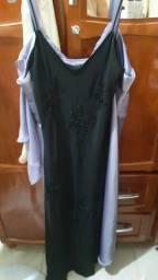 Vendo esse dois vestido