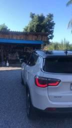 Vende-se Jeep 2017