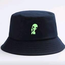 Chapéu bucket alien bolado